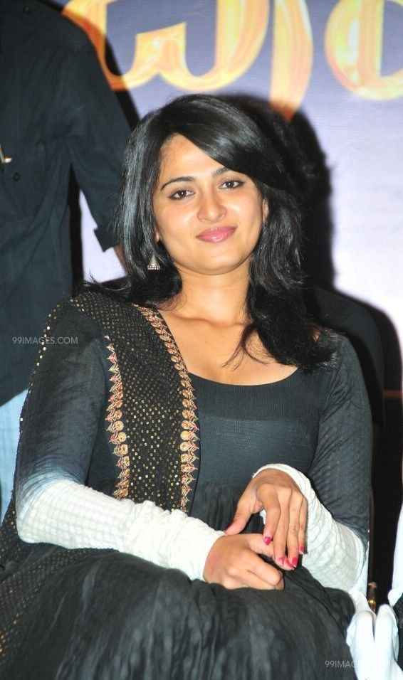 Anushka Shetty Beautiful HD Photoshoot Stills (1080p) (45818) - Anushka Shetty