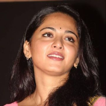 Anushka Shetty Beautiful HD Photoshoot Stills (1080p)