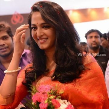 Anushka Shetty New HD Wallpapers & High-definition images (1080p)