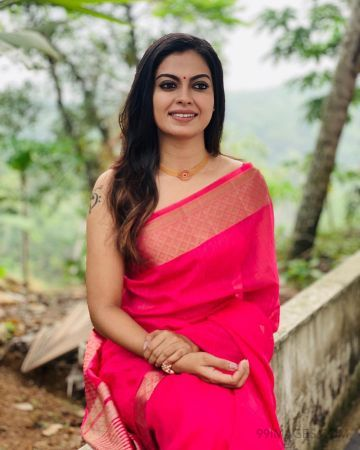 Anusree Beautiful Photos & Mobile Wallpapers HD (Android/iPhone) (1080p) (anusree, actress, mollywood, hd images, hd photos)