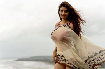 Anveshi Jain Latest Hot HD Photoshoot Photos / Wallpapers (1080p)