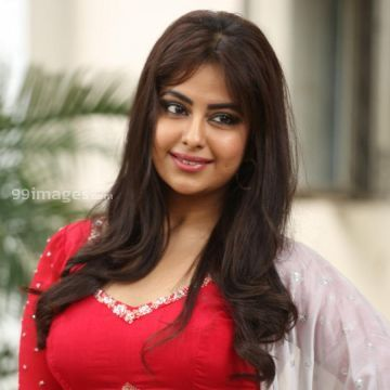 Actress Avika Gor at Raju Gari Gadhi 3 Success Meet HD Photos in Sexy Red Blouse