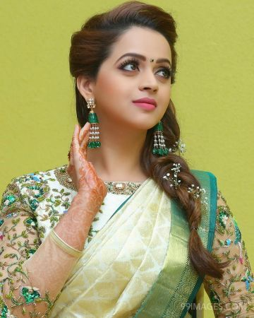 Bhavana Beautiful HD Photos & Mobile Wallpapers HD (Android/iPhone) (1080p) (bhavana, actress, kollywood, tollywood, sandalwood, mollywood, hd images)
