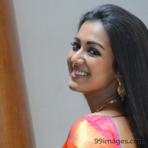 Catherine Tresa Cute HD Photos (1080p) - #8352