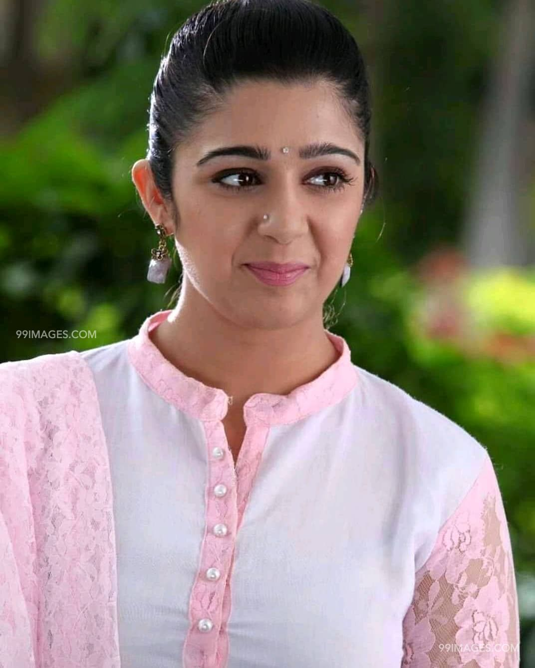 Charmy Kaur Beautiful Photos & Mobile Wallpapers HD (Android/iPhone) (1080p) (26012) - Charmy Kaur