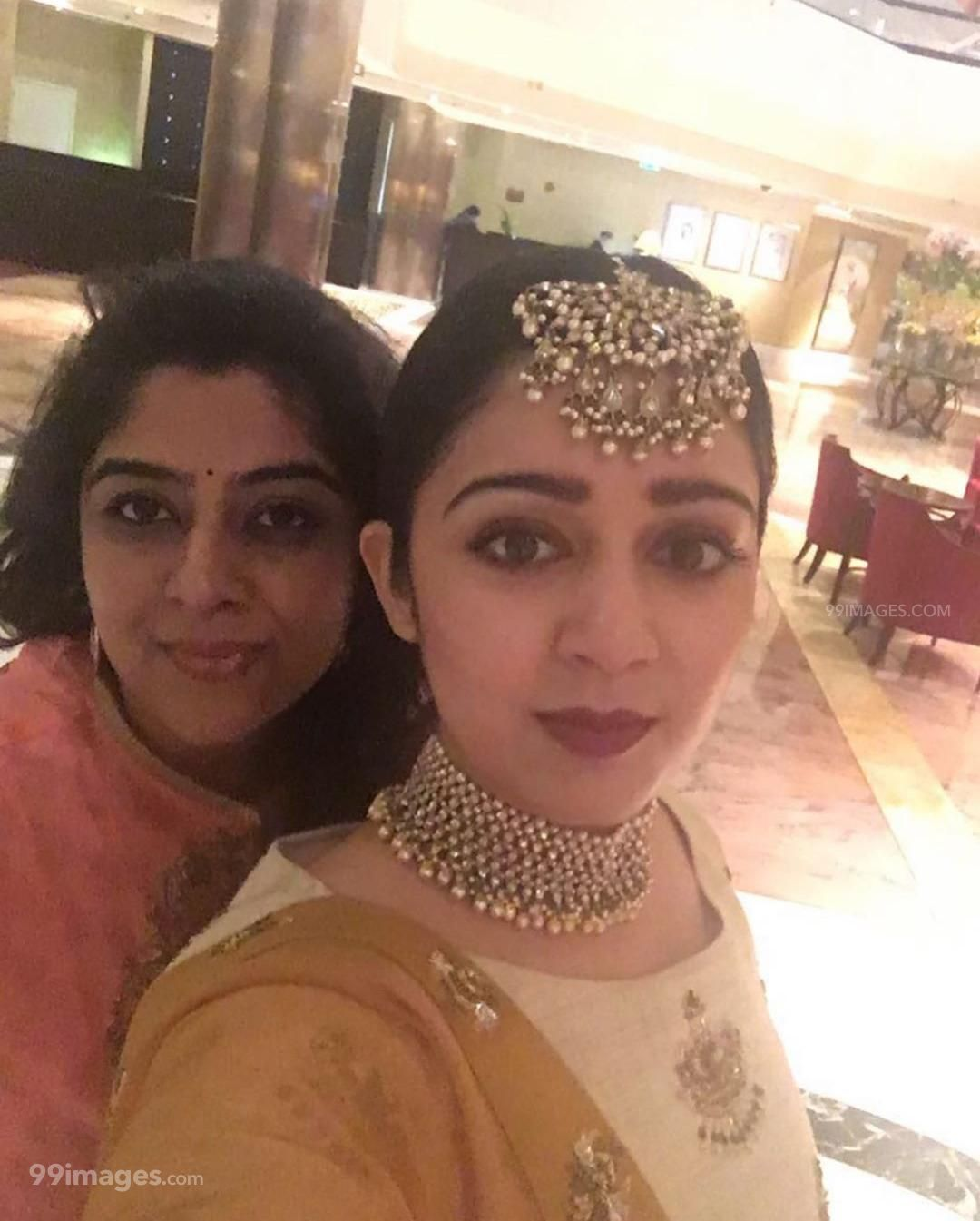 Charmy Kaur Beautiful Photos & Mobile Wallpapers HD (Android/iPhone) (1080p) (340664) - Charmy Kaur