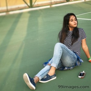 Deepthi Sunaina Beautiful HD Photos & Mobile Wallpapers HD (Android/iPhone) (1080p) - deepthi sunaina,bigg boss telugu,deepthi reddy,internet sensational artist,hd images
