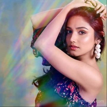 Donal Bisht Latest Hot HD Photoshoot Photos / Wallpapers (1080p)