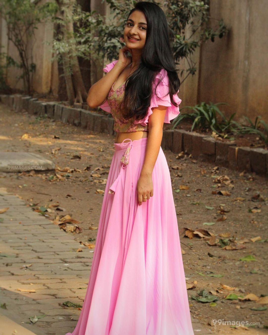 Esther Anil Hot HD Photos, Wallpapers, WhatsApp DP (1080p) (509531) - Esther Anil