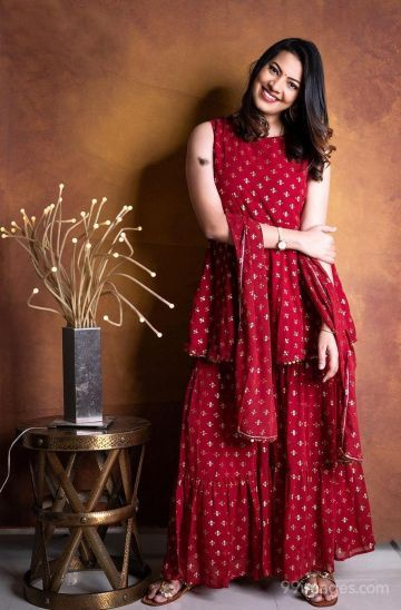 Geetha Madhuri Beautiful HD Photos & Mobile Wallpapers HD (Android/iPhone) (1080p)