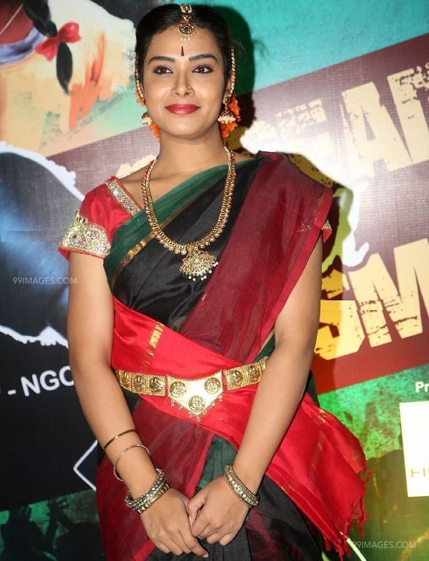 Hari Tejas kuchipudi look HD (1080p) stills in a event (42454) - Hari Teja