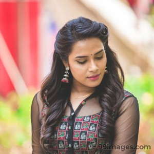 Hariteja Beautiful HD Photoshoot Stills & Mobile Wallpapers HD (1080p) - #18660