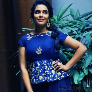 Hariteja Beautiful HD Photoshoot Stills & Mobile Wallpapers HD (1080p) - #18693