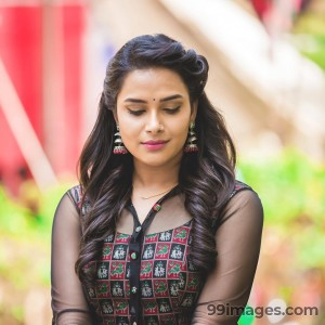 Hariteja Beautiful HD Photoshoot Stills & Mobile Wallpapers HD (1080p) - #18664