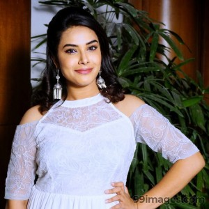 Hariteja Beautiful Photos & Mobile Wallpapers HD (Android/iPhone) (1080p)