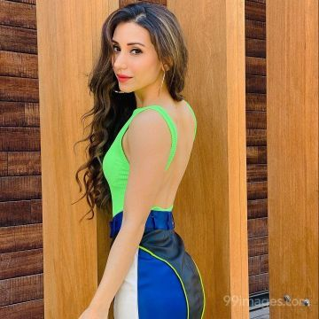 Heli Daruwala Latest Hot HD Photoshoot Photos / Wallpapers (1080p)