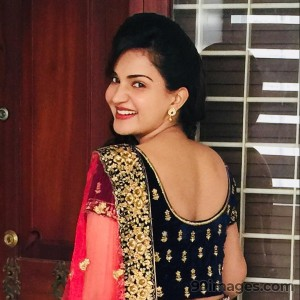 Honey Rose Beautiful HD Photoshoot Stills & Mobile Wallpapers HD (1080p)