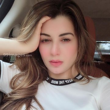Kainaat Arora Hot HD Photos & Wallpapers for mobile (1080p)