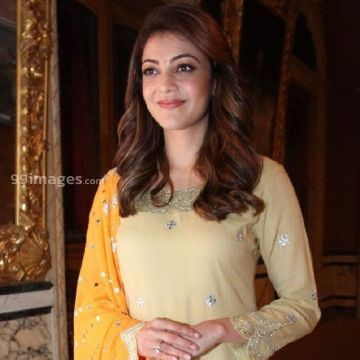 Kajal Agarwals beautiful yellow salwar photos