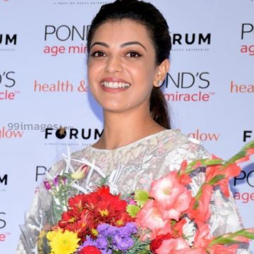 Kajal Agarwals beautiful white dress images (kajal, kajal agarwal, actress, kollywood, mollywood, tollywood, bollywood, sandalwood)