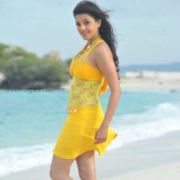 Kajal Agarwalss hot yellow beach dress photos HD Quality (kajal agarwal, actress, kollywood, tollywood, hd wallpapers)