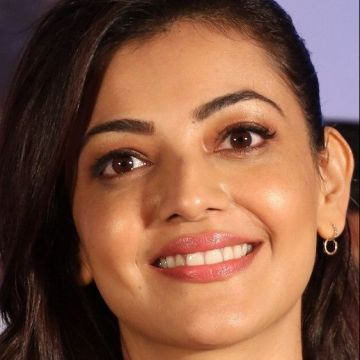Kajal Agarwal Hot Face Expression Images / Wallpapers (kajal agarwal, actress, kollywood, tollywood, hd wallpapers)