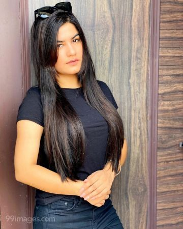 Kaur B Hot Beautiful HD Photoshoot Photos (1080p)