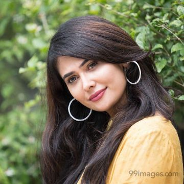Kavya Gowda Hot Beautiful HD Photos / Wallpapers, WhatsApp DP (1080p)