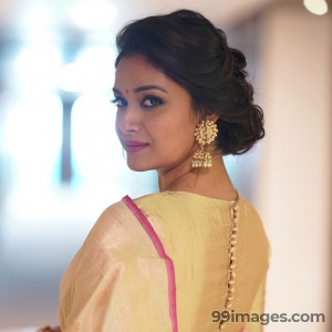 Keerthy Suresh Beautiful HD Photoshoot Stills & Mobile Wallpapers HD (1080p)