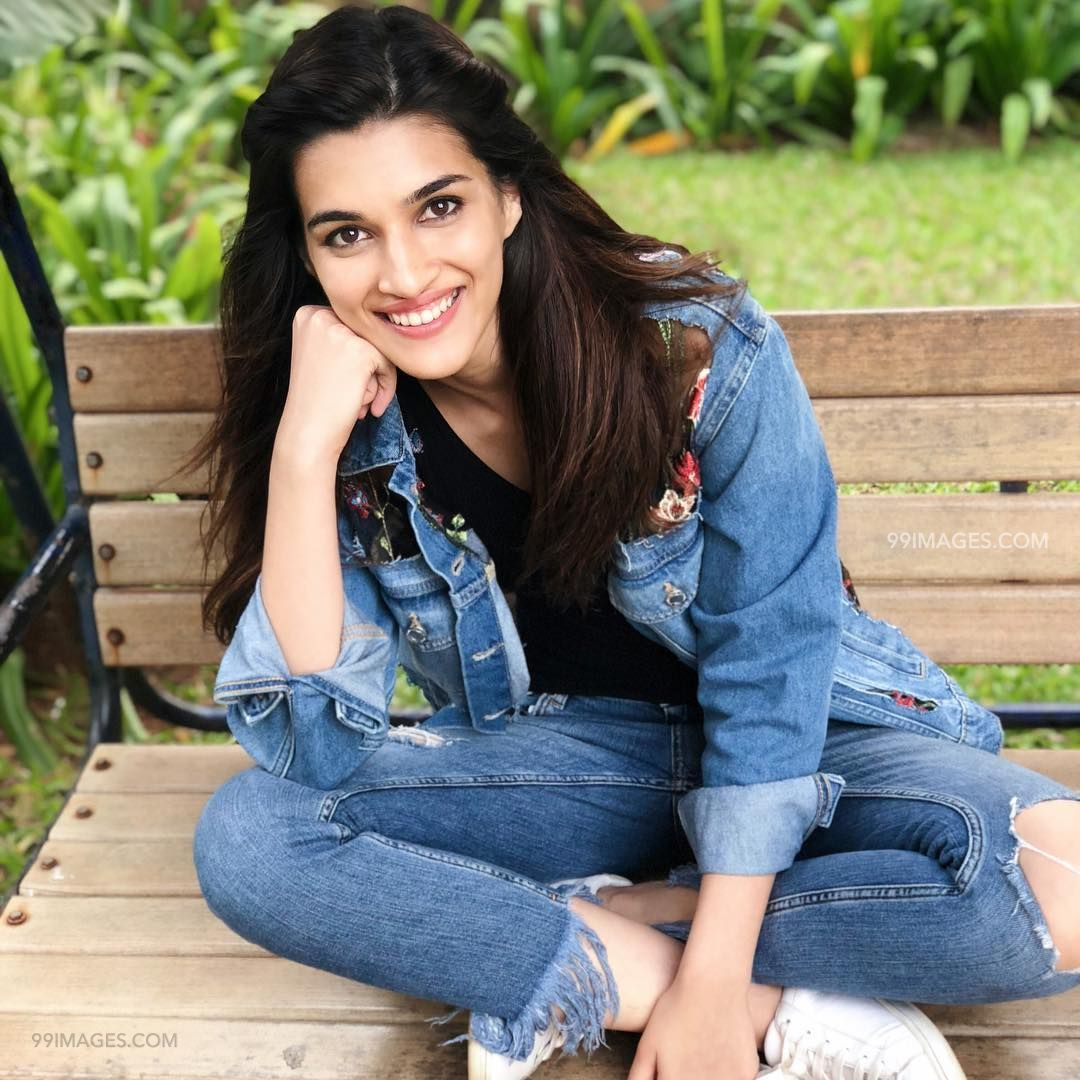 Kriti Sanon Hot HD Photos & Wallpapers for mobile (1080p) (36140) - Kriti Sanon