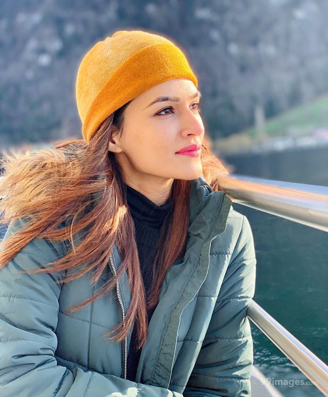 Kriti Sanon Hot HD Photos & Wallpapers for mobile (1080p) (159237) - Kriti Sanon