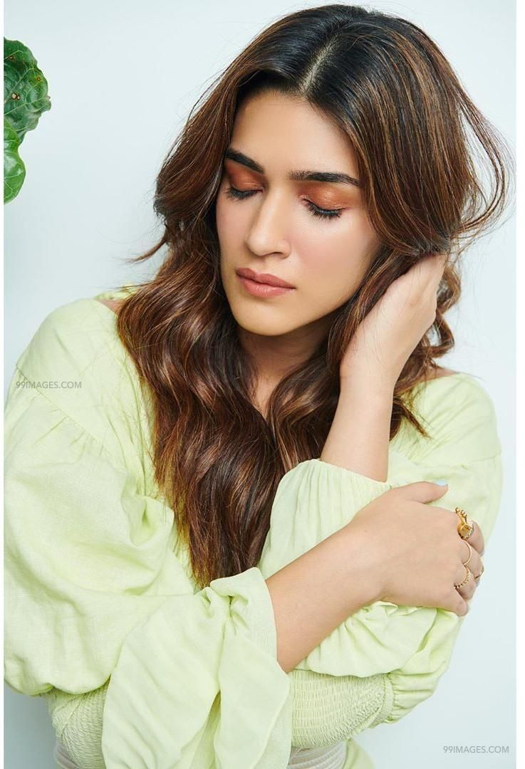 Kriti Sanon Hot HD Photos & Wallpapers for mobile (1080p) (36098) - Kriti Sanon