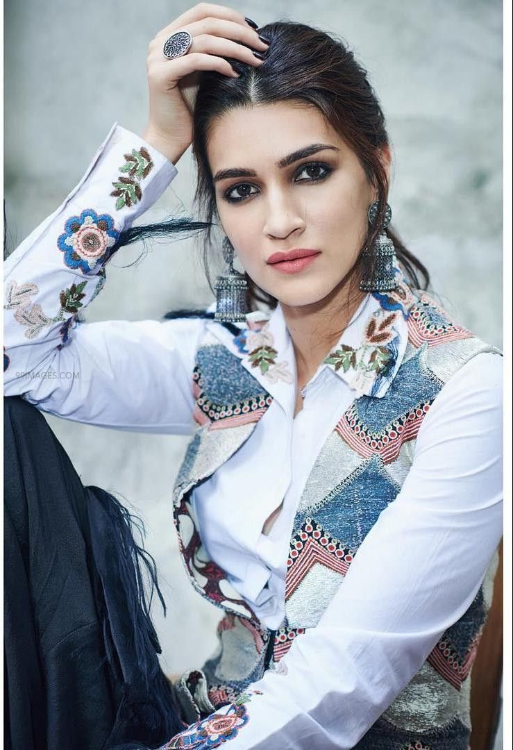Kriti Sanon Hot HD Photos & Wallpapers for mobile (1080p) (36181) - Kriti Sanon