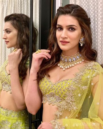 Kriti Sanon Hot HD Photos & Wallpapers for mobile (1080p)