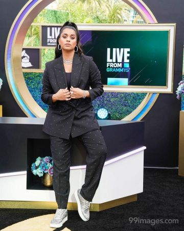 Lilly Singh Latest Hot HD Photos / Wallpapers (1080p) (Instagram / Facebook)