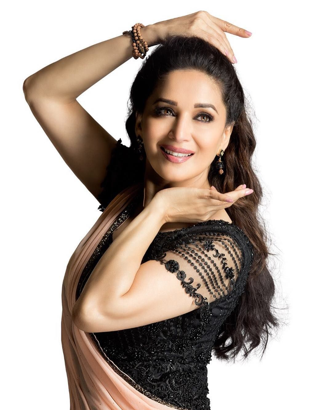 Madhuri Dixit Beautiful HD Photoshoot Stills & Mobile Wallpapers HD (1080p) (35991) - Madhuri Dixit