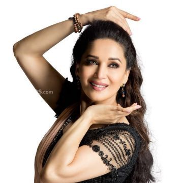 Madhuri Dixit Beautiful HD Photoshoot Stills & Mobile Wallpapers HD (1080p) - madhuri dixit,dancer,singer,producer,television actress,bollywood,hd images
