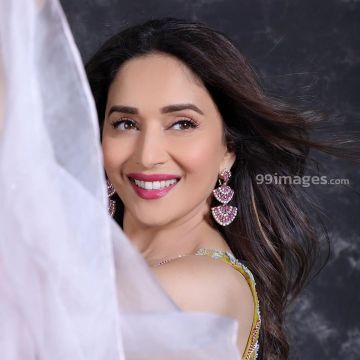 Madhuri Dixit Beautiful HD Photoshoot Stills & Mobile Wallpapers HD (1080p) - #36040