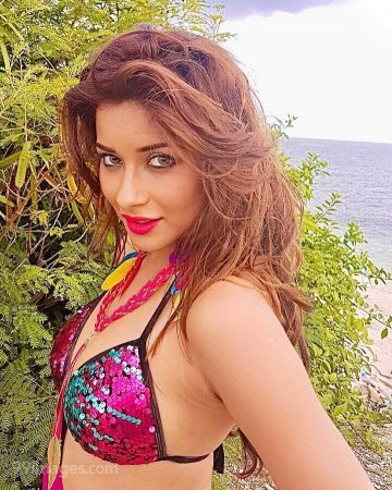 Madhuurima Banerjee Hot HD Photos & Wallpapers for mobile, WhatsApp DP (1080p)