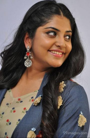 Manjima Mohan Beautiful HD Photoshoot Stills & Mobile Wallpapers HD (1080p)