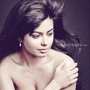 Meera Chopra Beautiful HD Photos & Mobile Wallpapers HD (Android/iPhone) (1080p) - #33967
