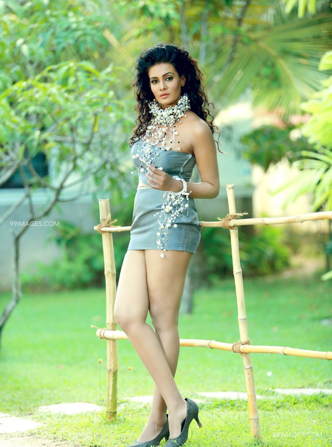 Meera Mithun Hot HD Photos & Wallpapers for mobile (1080p) (22939) - Meera Mithun