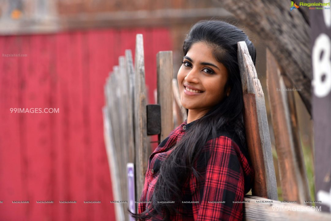 Megha Akash HD Photos & Wallpapers (1080p) (5535) - Megha Akash