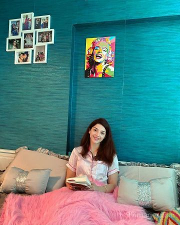 Mehrene Kaur Pirzada Beautiful HD Photos & Mobile Wallpapers HD (Android/iPhone) (1080p)