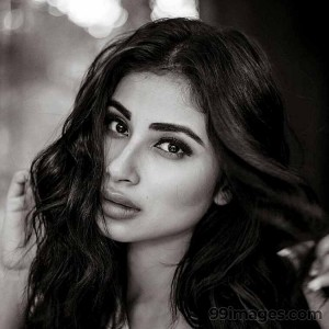 Mouni Roy Cute HD Photos (1080p) - #7639