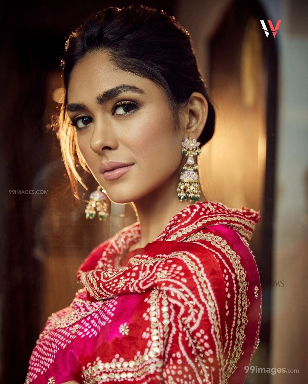 Mrunal Thakur Beautiful HD Photoshoot Stills & Mobile Wallpapers HD (1080p) (593750) - Mrunal Thakur