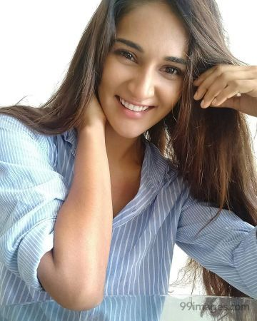 Mukti Mohan Best HD Wallpapers/Images (1080p)
