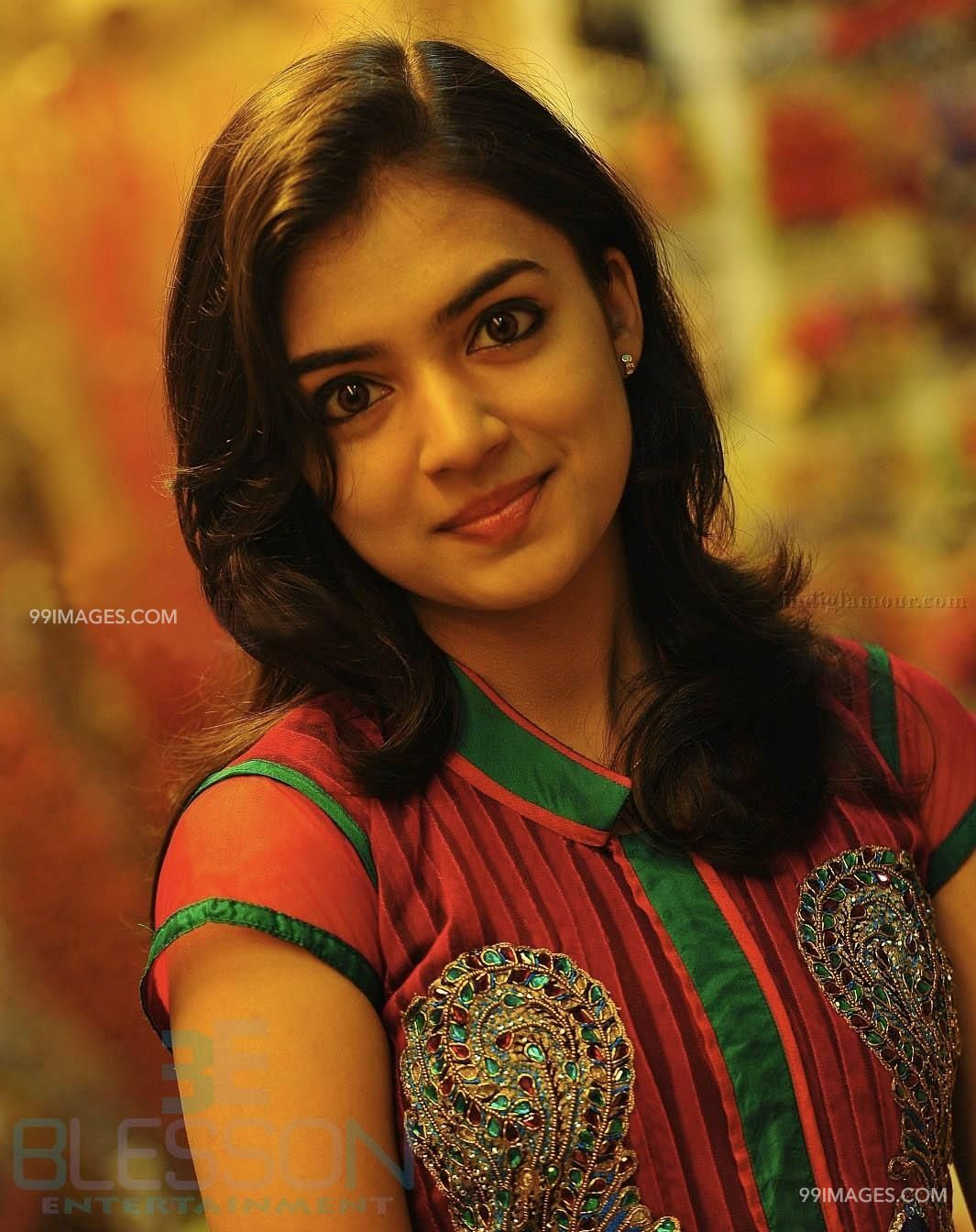 Nazriya Nazim Beautiful HD Photos / Wallpapers, WhatsApp DP Download (1080p) (6532) - Nazriya Nazim