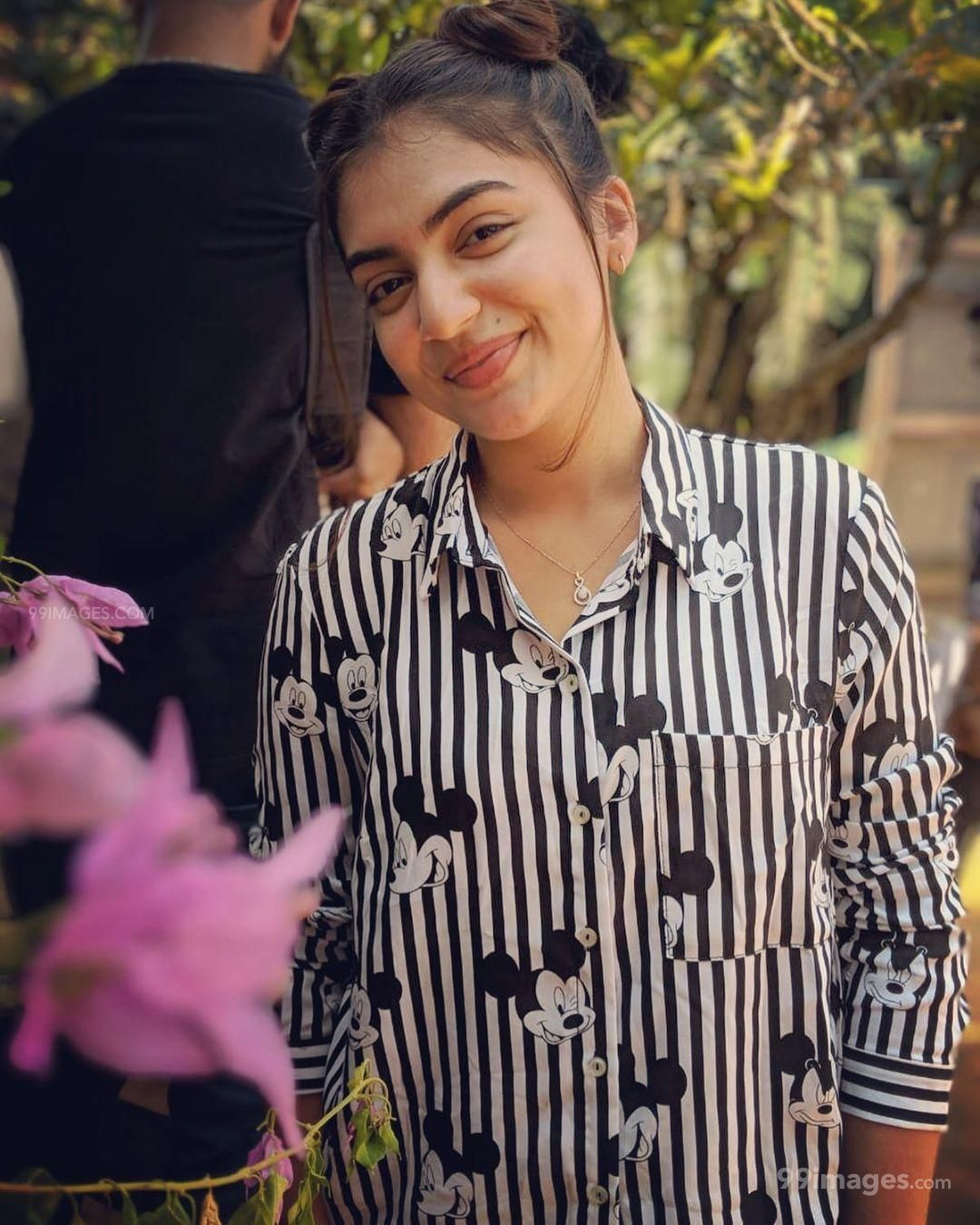 Nazriya Nazim Beautiful HD Photos / Wallpapers, WhatsApp DP Download (1080p) (575059) - Nazriya Nazim