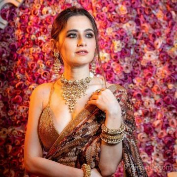 Neha Adhvik Mahajan Hot HD Photos & Wallpapers for mobile, WhatsApp DP (1080p)